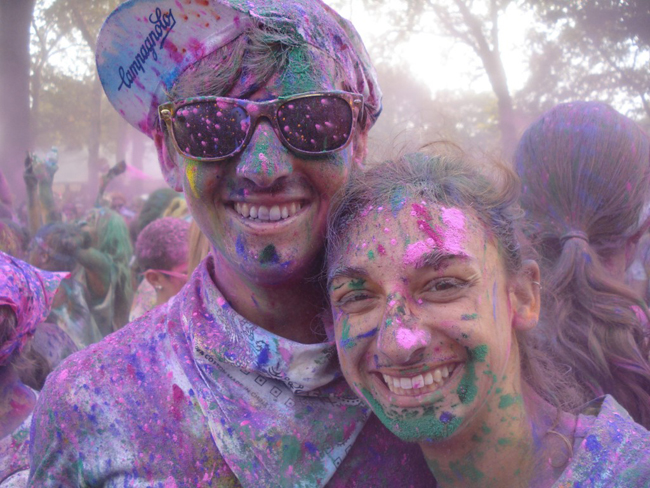 Katy and I at the Color Run Do a Color Run   Bucket List #8 Athletics
